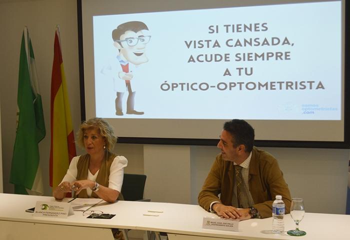 Optometristas y Consumidores advierten sobre la venta de gafas premontadas